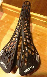 Sport Selle de vélo VTT selle de trekking saddel 180g nouveau noir et blanc de la marque image 0 produit